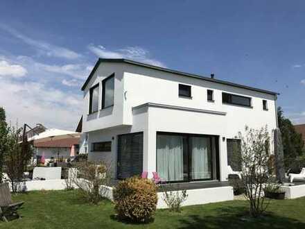 Modernes EFH auf ca. 550 qm SW Grundstück mit perfekter Lage zw. Landsberg und dem Ammersee