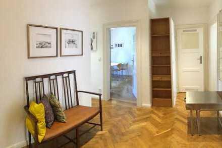 SEHR SCHICKE und CHARMANTE 2 1/2(-3)-Zimmer-ALTBAU-DG-Wohnung(HOCHWERTIG MÖBLIERT),ca.79m²,LAIM
