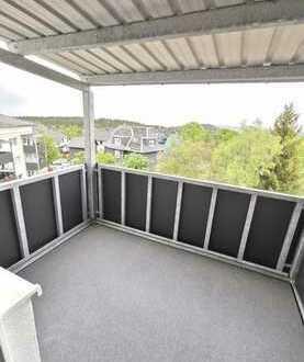Erstbezug nach Sanierung mit Balkon, TOP 3-Raum-Wohnung in Oberhof