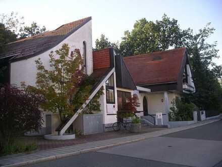 Schöne 2-Zimmer-Wohnung in attraktiver kleiner Wohnanlage von privat