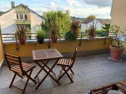 Wunderschöne Wohnung mit großem Balkon in Sindelfingen, TOP Lage, sofort bezugsfähig