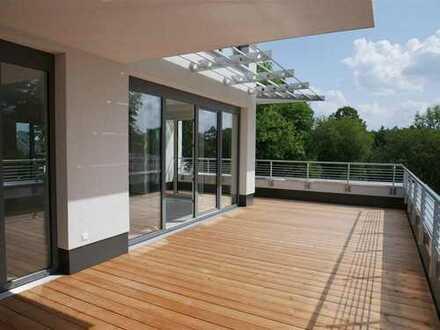 Dachterrasse, Lift und Tiefgrage in Chemnitz - Altendorf -