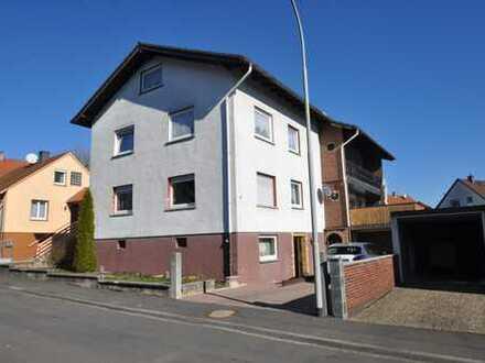 Großzügige Eigentumswohnung über zwei Etagen mit Garten, Balkon, Garage und vielen Möglichkeiten..