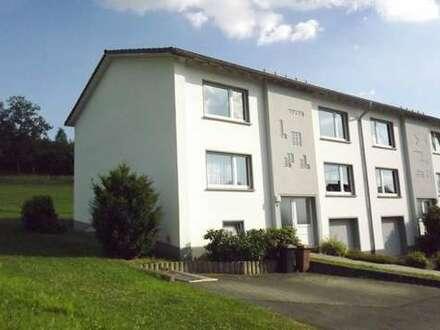 Attraktive und modernisierte 3-Zi-Wohnung in ruhiger Lage von Kreuztal-Kredenbach