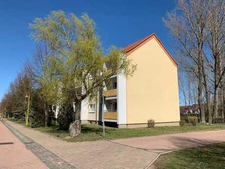 EXTREM BILLIG ! - Wohnen im Grünen, 3-Zimmer-Wohnung mit Balkon in ländlicher Gegend
