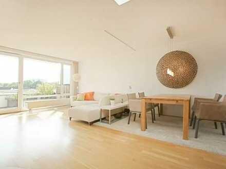 Exklusive, neuwertige 4-Zimmer-Dach-Terrassenwohnung mit Südblick in Aubing, München