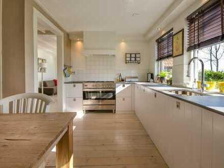 Modernes Zweifamilienhaus mit atemberaubendem Elbblick!
