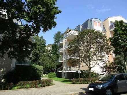 Schicke 1-Zimmerwohnung mit Einbauküche und großem Balkon