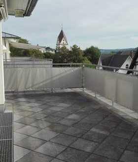 ***Außergewöhnliches Penthouse mit großer Dachterrasse im Bad Honnefer Stadtkern***