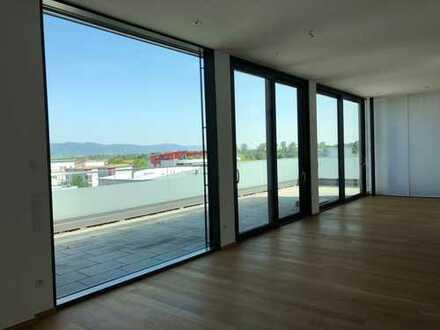 Sofort frei - Traumhafte Penthouse-Wohnung mit zwei großen Dachterrassen