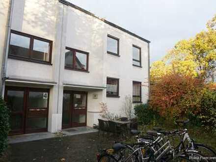 3 Zimmer Wohnung in Bretzenheim mit Balkon und neuer EBK