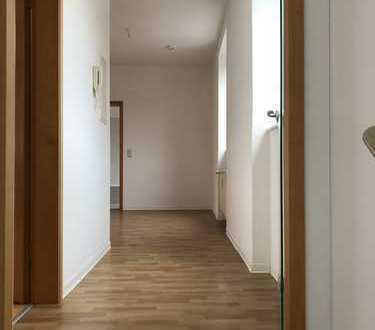 Große 2-Zimmer Wohnung in Innenstadtnähe