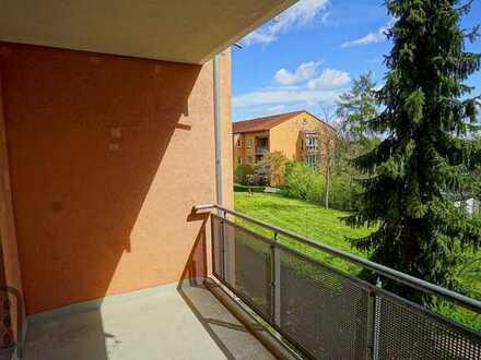 Komfortable 4-Zimmer-Wohnung mit Balkon und TG-Stellplatz in gepflegter Wohnanlage in Schkeuditz!