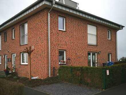 Schöne Doppelhaushälfte mit sechs Zimmern in Willich