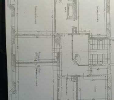 Schöne, geräumige 4 - Zimmer Räume, 1. OG, Jugendstilvilla in Aichach, beste Lage
