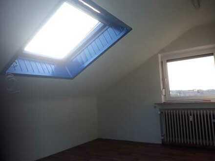 Schöne 3-Zimmer-Dachgeschosswohnung zur Miete in Heilbronn