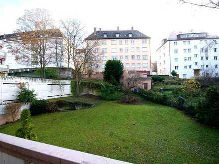 1,5-Zi.-Wohnung mit EBK, TG und Balkon, sehr ruhig und zentral