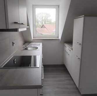 Erstbezug nach Sanierung mit EBK: 3-Zimmer-DG-Wohnung nähe Garching, WG möglich