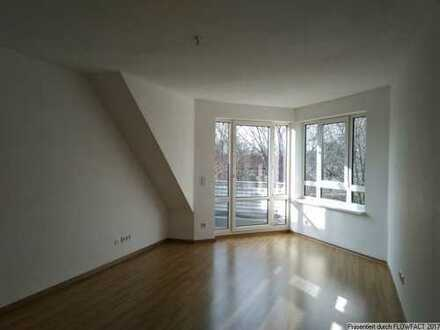 Schöne Dachgeschoss-Wohnung im Neubau