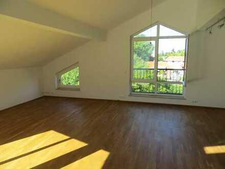 Sehr helle, geräumige drei Zimmer Wohnung in München (Kreis), Grünwald