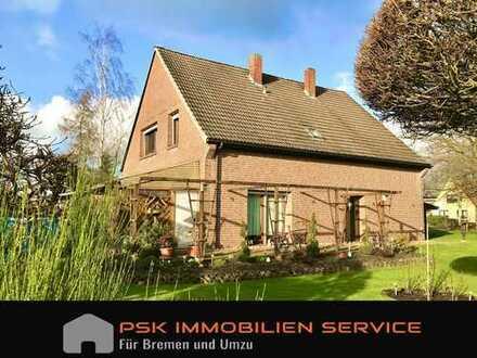 Viel Platz in Borgfeld - Zweifamilienhaus mit 7 Zimmern auf 1.234 m² Traum - Grundstück
