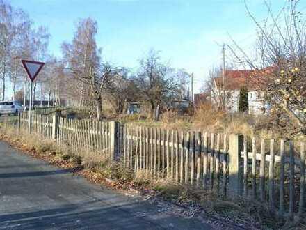 Schönes Grundstück noch ohne Bauvorbescheid in Wohnsiedlung