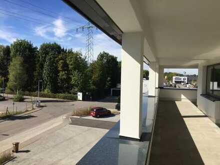 Erstbezug mit Balkon: freundliche 4-Zimmer-Penthouse-Wohnung in Aichwald- Aichschieß