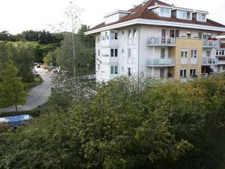 Helle 2-Zimmer-DG-Wohnung im grünen Kleinmachnow