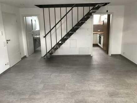 Vollständig renovierte 2-Zimmer-Maisonette-Wohnung mit Einbauküche in Gaggenau-Ottenau