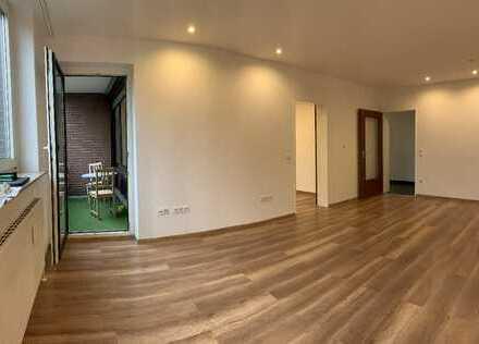 Renovierte 3-Zimmer-Wohnung mit Aufzug