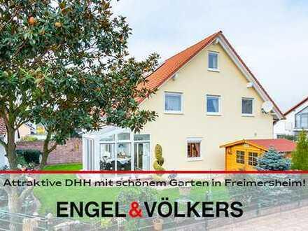 Attraktive Doppelhaushälfte mit schönem Garten in Freimersheim
