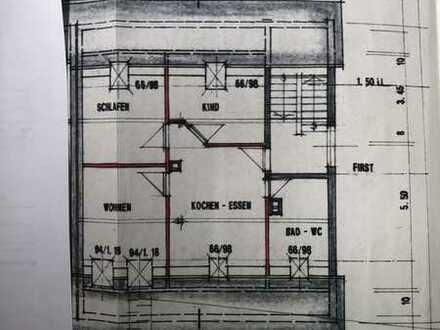 2,5 Zimmer, Küche, Bad, Dachgeschoss u. Stellplatz
