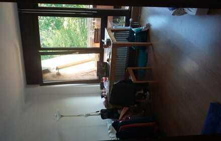 Helles WG-Zimmer ca. 20 qm