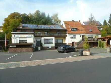 Wohn- und Geschäftshaus (Gaststätte mit Fremdenzimmern)