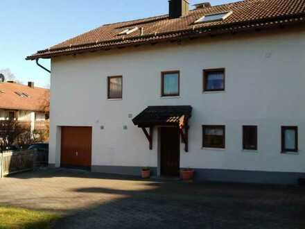 Vollständig renovierte Wohnung mit zwei Zimmern und EBK in Pähl