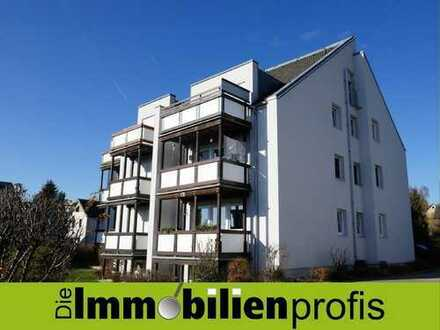 Attraktive 3-Zimmer-Wohnung mit EBK, zwei Balkonen und Garage in Gattendorf