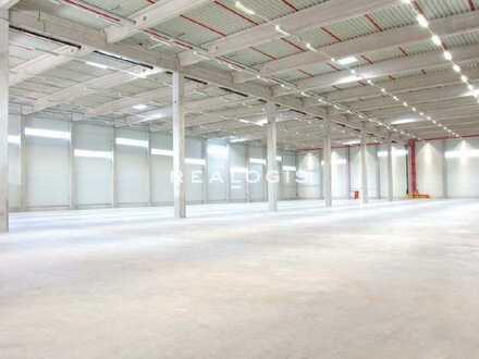 Merkendorf, ca. 15.000 m² Lager-und Produktionshalle zu vermieten