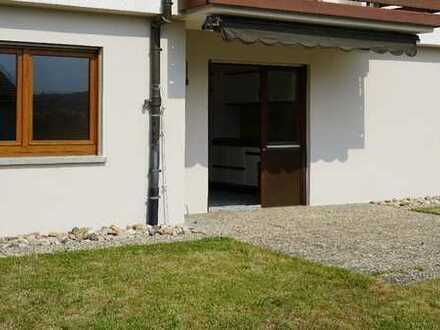2-Zimmer-Wohnung mit Terrasse und Einbauküche in traumhafter Lage in Niefern-Öschelbronn