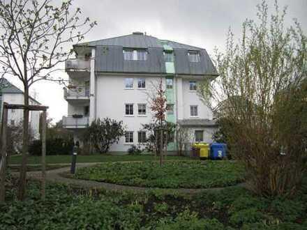 +++ Maisonette-Dachgeschoss-Wohnung mit Tageslichtbad und Balkon +++