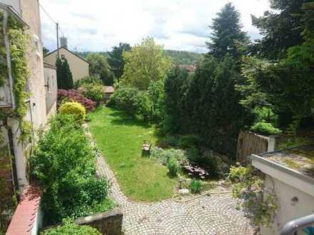 Saniertes 1-FH mit Garten, ca. 200 m², plus vermietetes 3-FH in Durlach-Aue zu verkaufen!