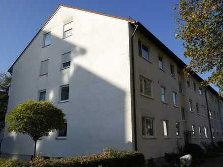 Top renovierte 3,5 Zimmer Wohnung in bester Lage !