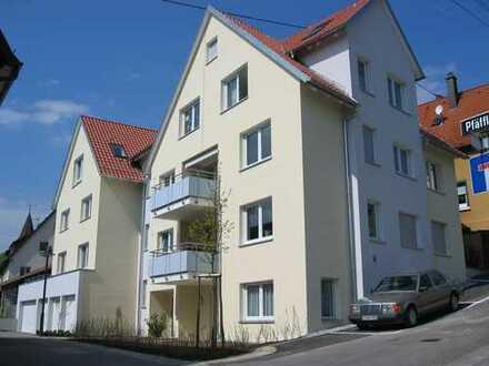 Tolle Vier-Zimmer-Wohnung mit Balkon