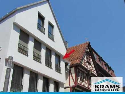 Modern möbliertes WG-Zimmer in lebendiger Wohngemeinschaft in Reutlingen!