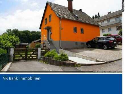 Freistehendes Einfamilienhaus in Overath-Steinenbrück - Bringen Sie Farbe in Ihr Leben!