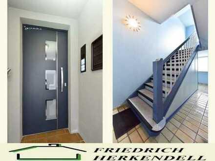 Helle Räume + umfassend modernisiert + Einbauküche + Kaminofen + Balkon + ruhige Wohnstraße