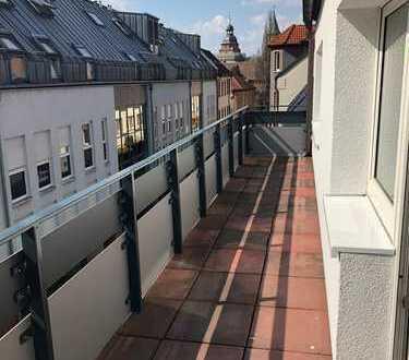 Erstbezug nach Sanierung mit Einbauküche und Balkon: schöne 3-Zimmer-Wohnung in Aschaffenburg