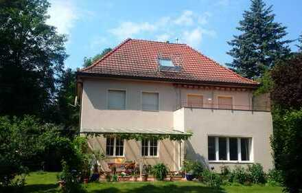 Landhausvilla in Berlin - Wannsee/Nikolassee (Zehlendorf) befristet zu vermieten