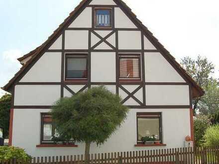 Einfamilienhaus mit idyllischem Garten und großzügiger Dachterrasse