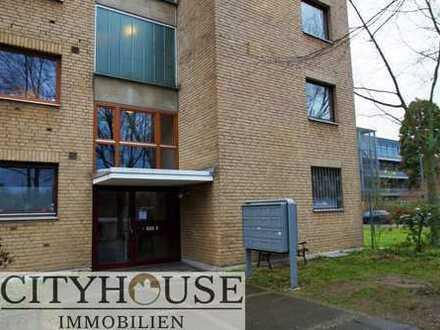 CITYHOUSE: Schöne, modern renovierte 5 Zimmer Wohnung mit Balkon, 2 Stellplätzen in Top Lage Deutz!