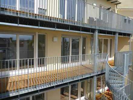 Exklusive, neuwertige 3-Zimmer-Wohnung mit Balkon und Einbauküche in Fürth Innenstadt